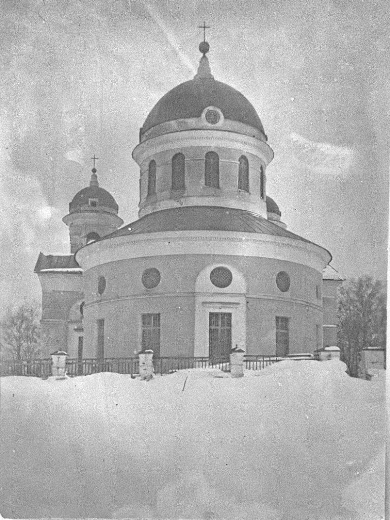 Село Самуйлово. Церковь Рождества Богородицы (построена в 1791 году). Вид с востока.