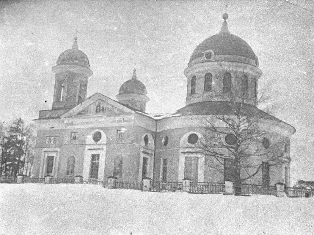 Село Самуйлово. Церковь Рождества Богородицы (построена в 1791 году). Вид с северо-востока.