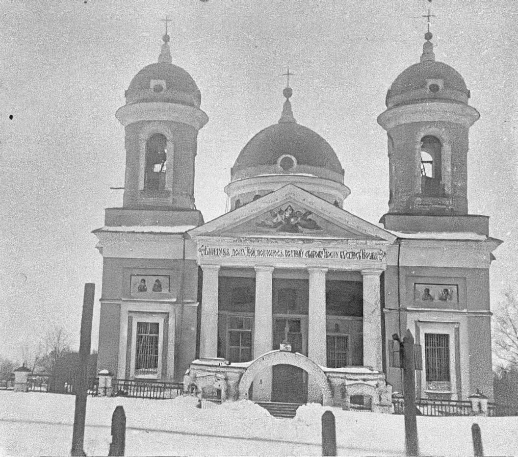 Село Самуйлово. Церковь Рождества Богородицы (построена в 1791 году). Общий вид с запада.